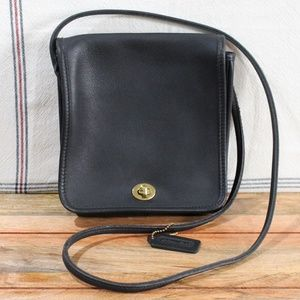 COACH Compact Pouch Black Leather Crossbody